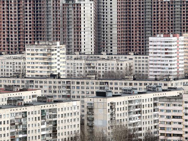 """Спальный жилой район на севере Санкт-Петербурга и строительство жилого комплекса """"Лондон парк""""."""