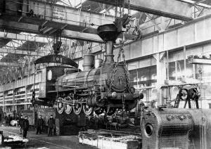 Паровозный цех Сормовского завода. Фото М.Дмитриева, 1890-е.