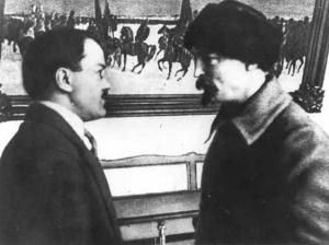 19240000-molotov_dzershinsky_moskow_kremlin