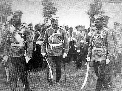 Император Николай II и Гусейн Хан Нахичеванский (Википедия)