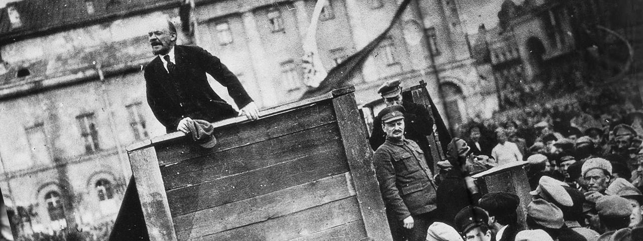 «Ленин провожает солдат на польский фронт» (1920).