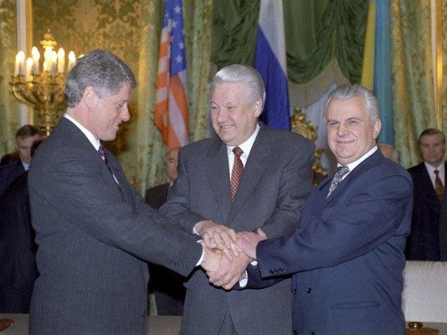 Клинтон, Ельцин, Кравчук. За завесой беловежского сговора