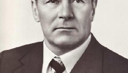 Соломенцев М.С. Фотопортреты членов и кандидатов в члены  Политбюро ЦК КПСС.   1977 год.