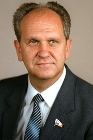 Борис Карлович Пуго (Фото на сайте Википедия)