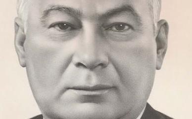 Фотопортреты членов и кандидатов в члены  Политбюро ЦК КПСС.  Открытка. 1982 год.