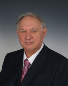 Ю.Д.Маслюков