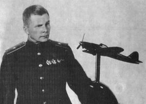 Сергей_Ильюшин,_1942_год