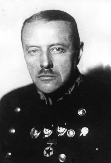 Заместитель наркома ВМФ СССР по кораблестроению и вооружению, адмирал Галлер Л.М. (портрет). 1940