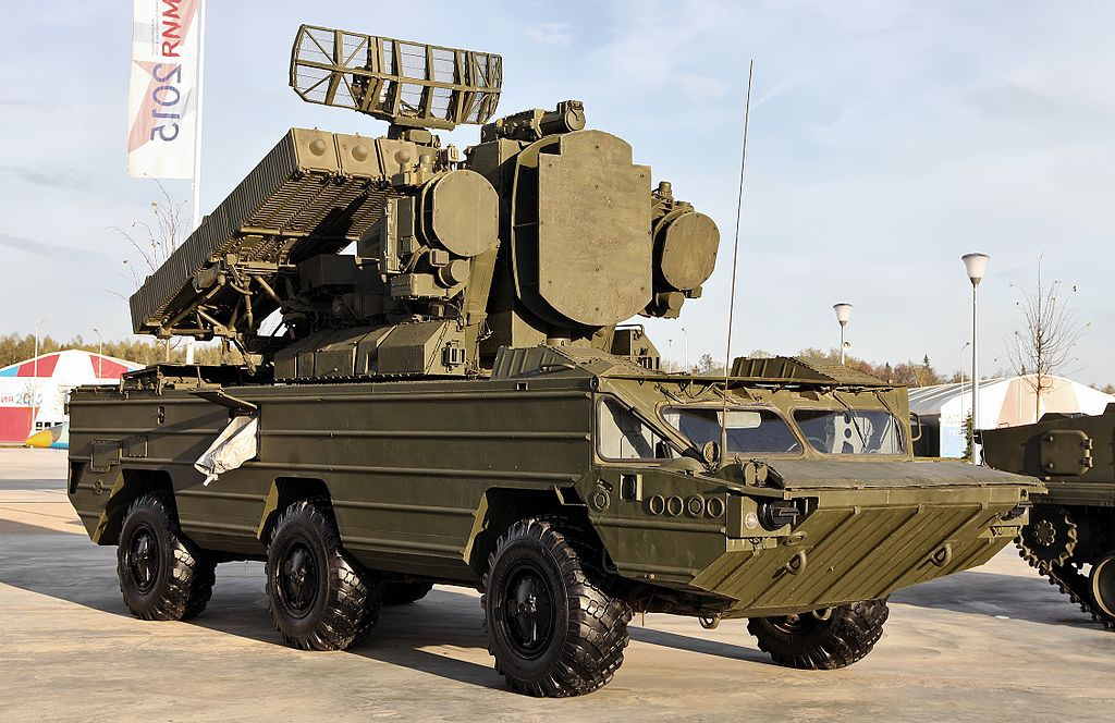Боевая машина 9А33БМ3 зенитного ракетного комплекса 9К33М3 «Оса-АКМ» в экспозиции парка «Патриот»