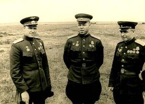 1-й_Белорусский_фронт,_Руденко_С.И.,_Малинин_М.С.,_Казаков_В.И._1944_г