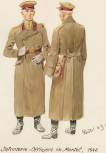 Пехотные офицеры в шинелях - 1946 г. Советские солдаты глазами немецкого художника Герберта Кнотеля (Herbert Knotel)