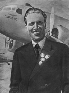 Шеф-пилот_Аэрофлота_Голованов,_1940_год