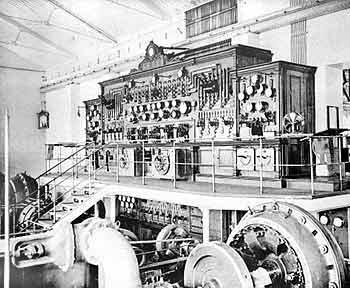 Рис. 6. Распределительный щит центральной электрической станции Коломенского машиностроительного завода. Начало 20-го века.