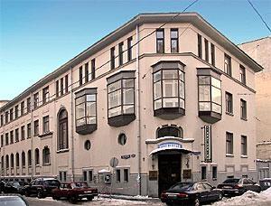 Рис. 7а. Комплекс жилых домов на Русаковской улице. Архитектор Б. М. Иофан. 1925.